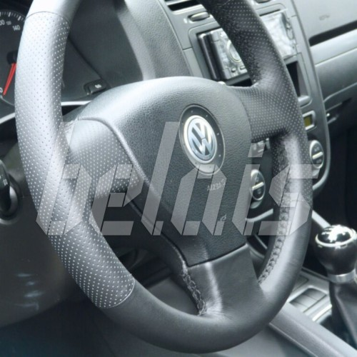 Оплетка на руль из натуральной кожи Volkswagen Golf V 2003-2009 г. (черная)